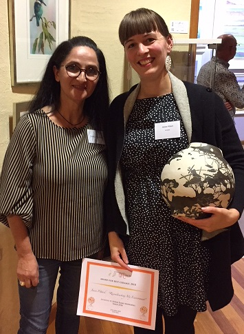 2018 Independent Judge Emmy Mavroidis with Best Ceramic Award 2018 winner Jessie Pittard