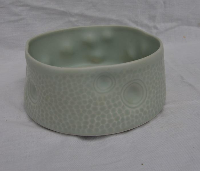 © Maryse Tavernier - Bowl with finger imprints 1
